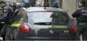 GdF 300x143 GDF CONTRO PARCHEGGIATORI E VENDITORI ABUSIVI: ALTRI CINQUE ORDINI DI ALLONTANAMENTO