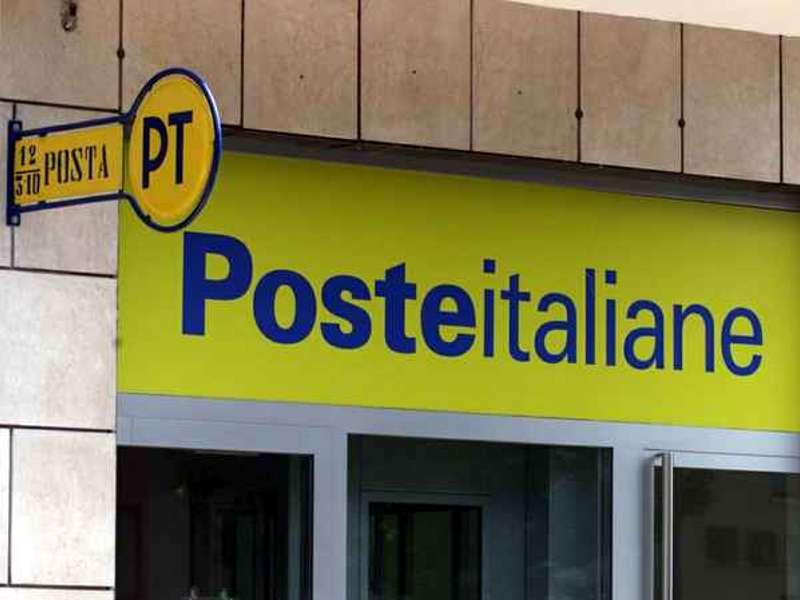 ufficio postale SOTTRAE TREMILA EURO FALSIFICANDO LA FIRMA DEI GENITORI