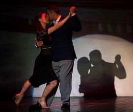 """5. Mariemma Porto e Salvatore Biondi UN FESTIVAL DI CUORE: PREZIOSI """"OMAGGI""""  SUL PALCO DEL """"SETTEMBRE"""""""