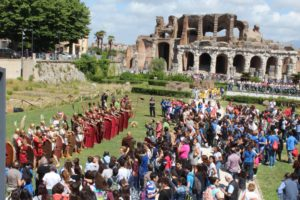 Rievocazione storica Annibale Anfiteatro 1 300x200 LA CITTÀ SOTTO LA CITTÀ: ANNIBALE PROTAGONISTA DELLA VII EDIZIONE