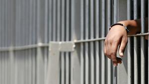 CARCERE 300x169 IDENTIFICATO UNO DEI RAPINATORI DELLA POMPA DI BENZINA A GRAZZANISE