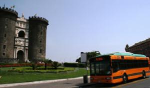 BUS NAPOLI 300x177 ABITARE IN FIORINDA, CONVEGNO PER CONTRASTARE VIOLENZA DI GENERE A NAPOLI