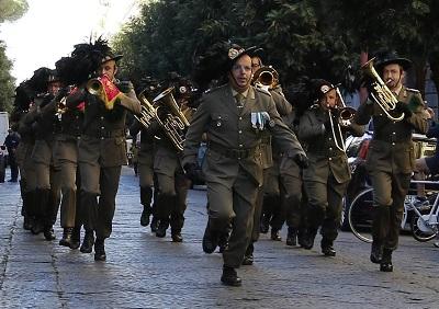 87A0056 OGGI FESTA DELLUNITA NAZIONALE E DELLE FORZE ARMATE