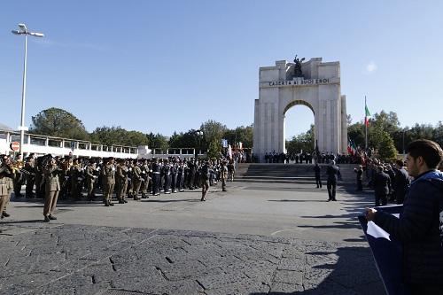 87A0221 OGGI FESTA DELLUNITA NAZIONALE E DELLE FORZE ARMATE