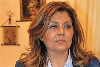 Maddalena CORVINO MADDALENA CORVINO SI DIMETTE DA ASSESSORE … I NOSTRI COMPLIMENTI