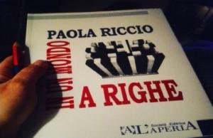 RICCIO 300x194 LA SCRITTRICE PAOLA RICCIO PRESENTA IN UN MONDO A RIGHE AL COMUNE DI CASAGIOVE