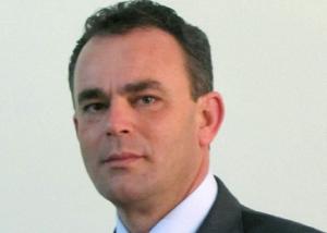 Stefano GIAQUINTO 300x214 SCUOLA GIORNO: IL SINDACO SGUEGLIA SMENTISCE STEFANOGIAQUINTO