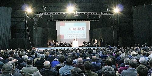 italiapopolare02 OLTRE 1500 PERSONE AL PALAPARTENOPE DI NAPOLI PER DE MITA