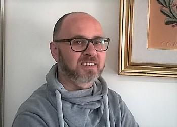 Il consigliere con delega alla cultura Gennaro Caiazza 1 GRAN BALLO DI CORTE A CASAGIOVE: ARTE E DANZA PER UNA RIEVOCAZIONE STORICA AL QUARTIERE MILITARE BORBONICO