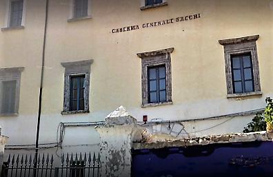 """CASERTA SACCHI LA CASERMA SACCHI CAMBIA NOME E DIVENTA IL """"PALAZZO DEI VESCOVI"""""""