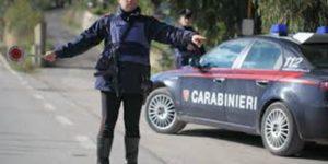 carabinieri 300x150 PROVA A FUGGIRE DAL POSTO DI BLOCCO, ARRESTATO