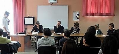 1 1 CAMORRA, SECONDO INCONTRO AL LICEO PASOLINI DI POTENZA: FOLTA PLATEA DI STUDENTI PER ASCOLTARE LEONARDI