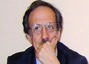 2 1 STRISCIA LA NOTIZIA: PINUCCIO CI FAI RIDERE!!!  L'ASL DI TARANTO COPIA GOFFAMENTE L'ASL DI CASERTA