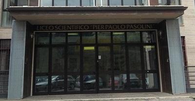 5 CAMORRA, SECONDO INCONTRO AL LICEO PASOLINI DI POTENZA: FOLTA PLATEA DI STUDENTI PER ASCOLTARE LEONARDI