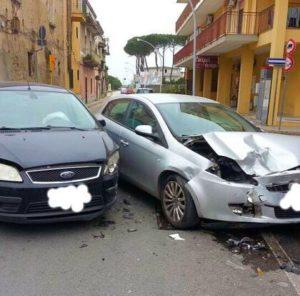 IMG 1268 300x296 GUASTO AI SEMAFORI: GRAVE INCIDENTE AD UN INCROCIO A CASAGIOVE