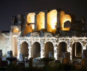 amphitheater3 300x243 INIZIA LA CITTA SOTTO LA CITTA, SODDISFATTA IDA GENNARELLI