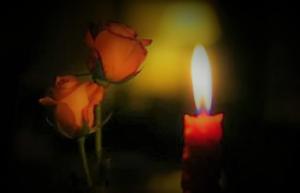 fiori lutto 300x193 MUORE RENATO ROSSI, NEL POMERIGGIO I FUNERALI