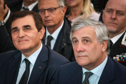 """On e Tajani e1531327342443 FI, PARTE IL NUOVO CORSO DI TAJANI. PATRICIELLO: """"CON LUI IL PARTITO PUO' RISALIRE LA CHINA"""""""