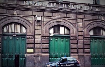 carcere Napoli poggioreale PARTECIPO ALLA RAPINA CON OSTAGGI ALLO SCALO MERCI DI MARCIANISE: 50enne IN CARCERE A NAPOLI