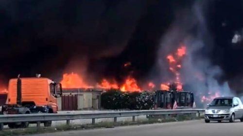 incendio 5 e1532599598443 INCENDIO TRA CAIVANO E PASCAROLA, MESSINA: IL TERZO IN SETTE GIORNI...BISOGNA AGIRE ORA!