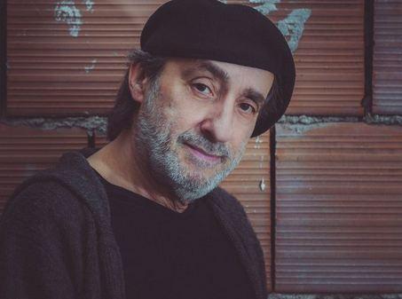 Risultati immagini per STATUA al musicista Fausto Mesolella realizzata da Marco Lodola.