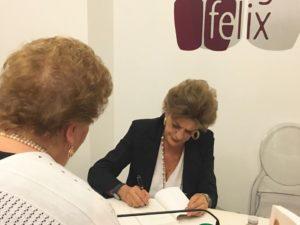 Francesca Nardi 300x225 GIORNALISTE SUL PISELLO, SUCCESSO PER LA PRESENTAZIONE DEL LIBRO DI FRANCESCA NARDI
