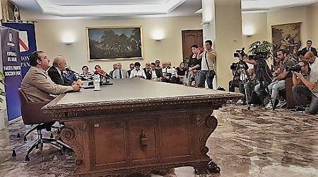 IMG 20180915 WA0002 OGGI APERTURA DELLOSPEDALE DEL MARE: IN CORSO CONFERENZA STAMPA DI DE LUCA