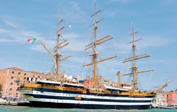 Il veliero nave scuola Amerigo Vespucci NAPOLI, SUL VELIERO A.VESPUCCI LINCONTRO PER LA TUTELA AMBIENTALE