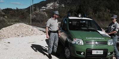 CC Forestale ISERNIA: GESTIONE E TRASPORTO DI RIFIUTI NON IDENTIFICATI, SCATTANO SANZIONI