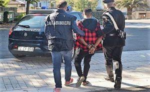 CC arresto 300x184 FERMATO ALBANESE CON ATTREZZI DA SCASSO A SESSA AURUNCA