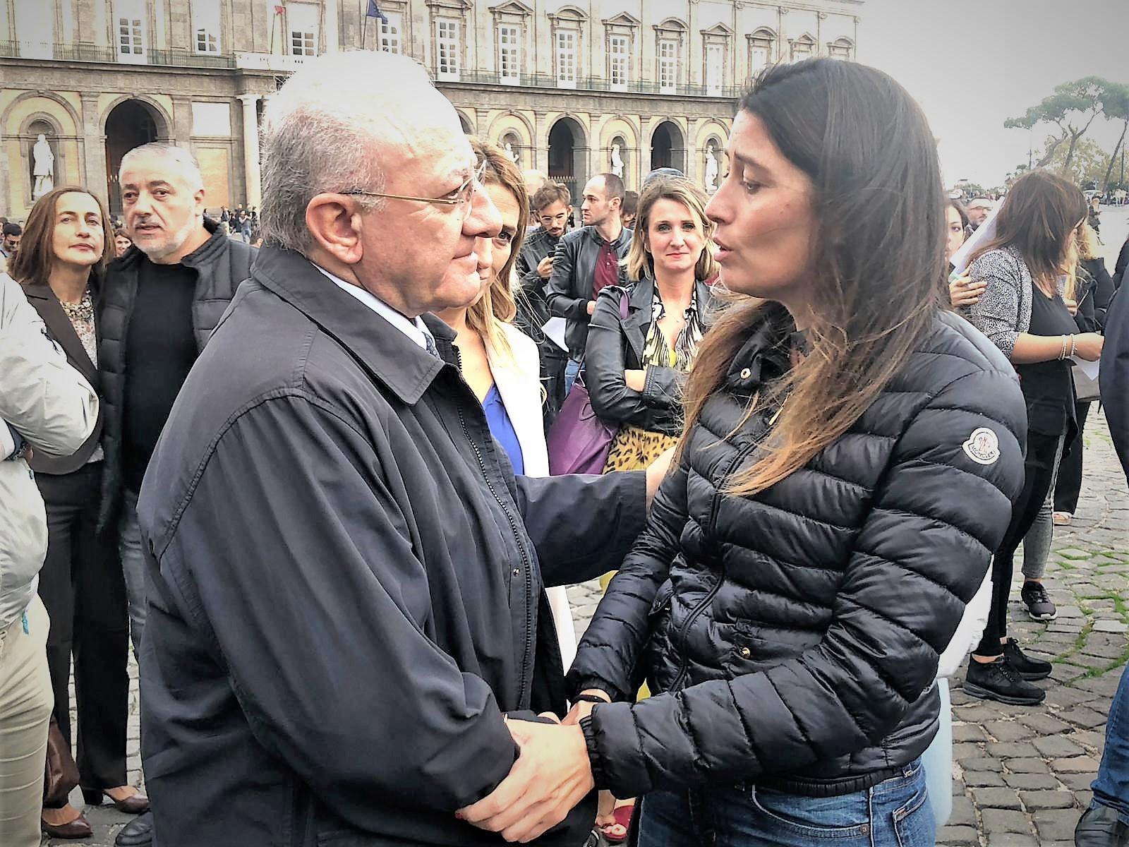 IMG 20181027 WA0007 IL GOVERNATORE DE LUCA INCONTRA LA ZIA DEL PICCOLO ALESSANDRO. DOMANI SI CERCA IL DONATORE ANCHE A CASERTA IN PIAZZA DANTE