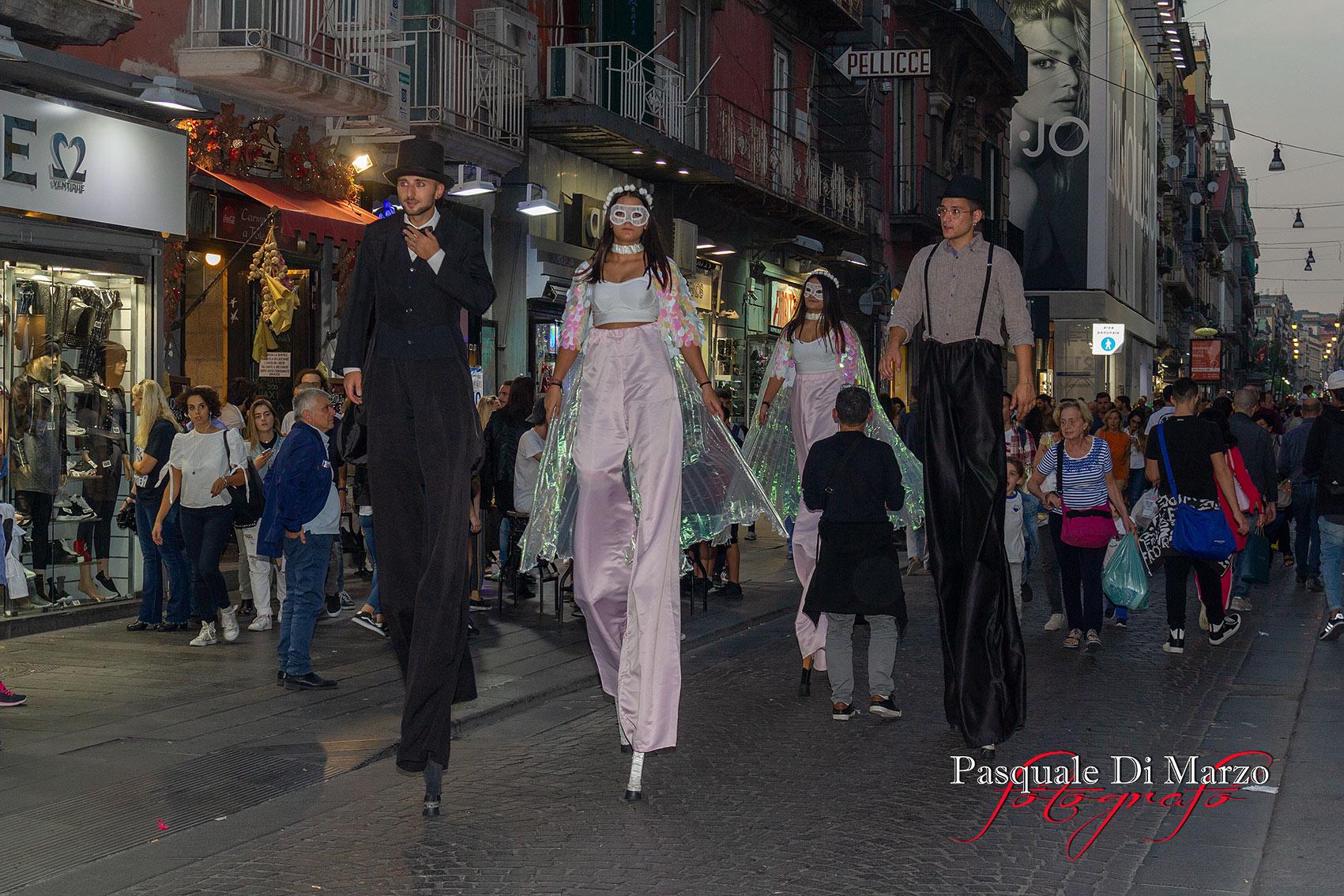 IMG 6945 A NAPOLI IN VIA TOLEDO LA SECONDA EDIZIONE DEL NAPOLI BUSKERS FESTIVAL, LA FOTOGALLERY