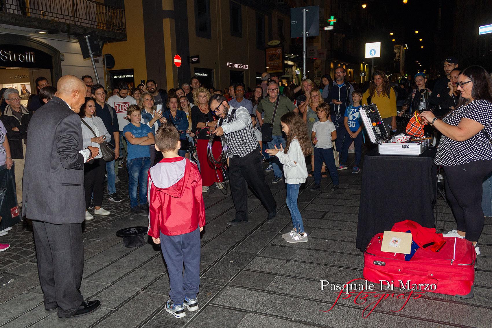 IMG 7020 A NAPOLI IN VIA TOLEDO LA SECONDA EDIZIONE DEL NAPOLI BUSKERS FESTIVAL, LA FOTOGALLERY