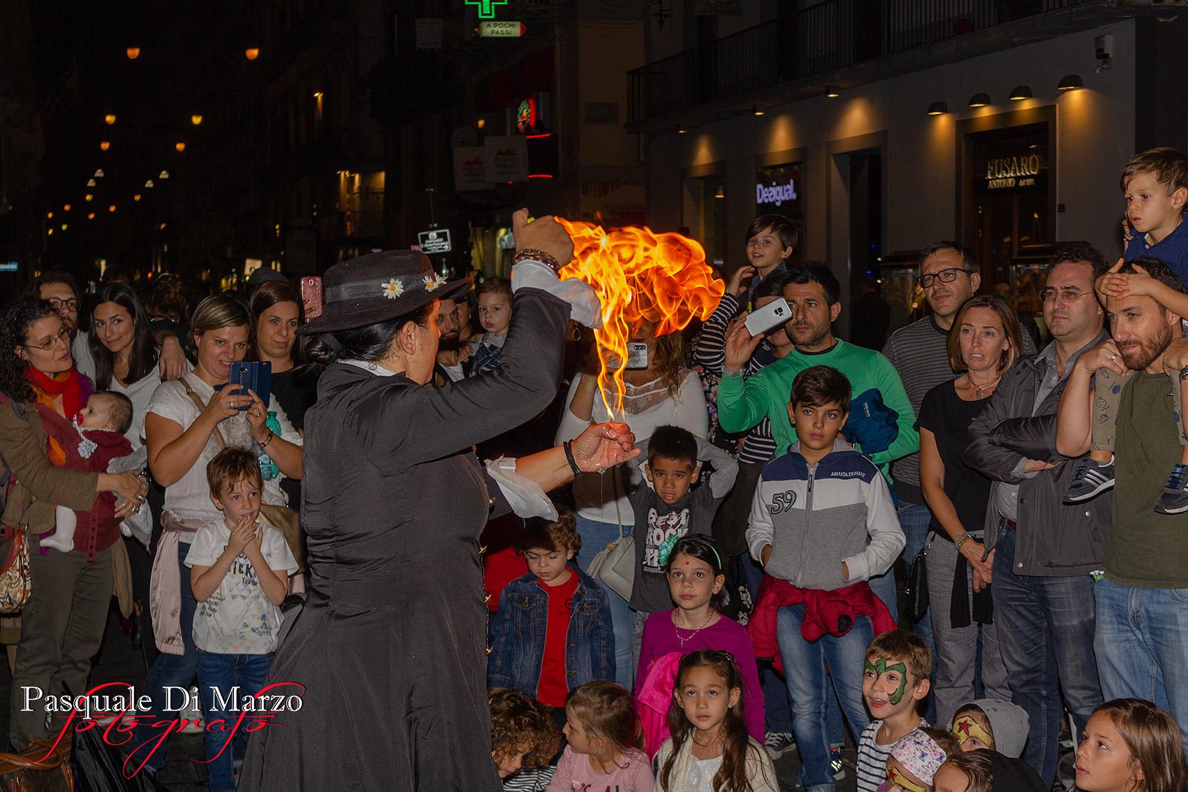 IMG 7053 A NAPOLI IN VIA TOLEDO LA SECONDA EDIZIONE DEL NAPOLI BUSKERS FESTIVAL, LA FOTOGALLERY