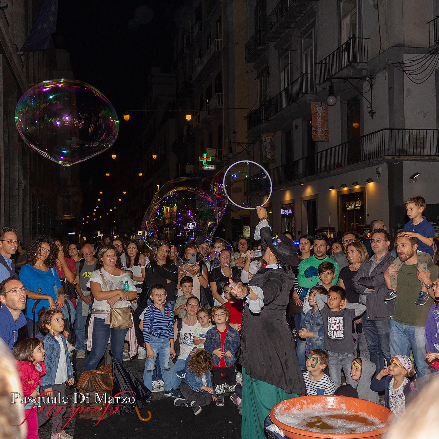 IMG 7055 A NAPOLI IN VIA TOLEDO LA SECONDA EDIZIONE DEL NAPOLI BUSKERS FESTIVAL, LA FOTOGALLERY