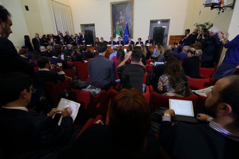 CONS. DEI MINISTRI219 IL CONSIGLIO DEI MINISTRI A CASERTA PER COMBATTERE LA TERRA DEI FUOCHI, LA FOTOGALLERY DELLEVENTO
