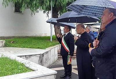 Deposizione Corone di Alloro 2018 4 NOVEMBRE: DEPOSTE LE CORONE DALLORO, MA LA POLITICA...