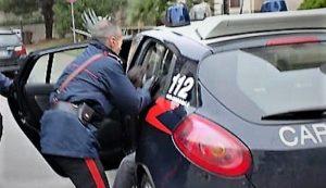 arresto carabinieri f 300x173 TENTA RAPINA IN UNA PIZZERIA, IN ARRESTO 42ENNE