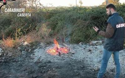CARABINIERI FORESTALE SAN TAMMARO, COMBUSTIONE ILLECITA DI RIFIUTI: DUE ARRESTI