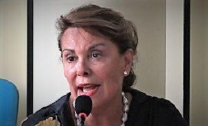 Sandra Lonardo FI 300x182 CONCORSO INSEGNANTI, SEN. LONARDO INTERROGA MINISTRO ISTRUZIONE BUSSETTI