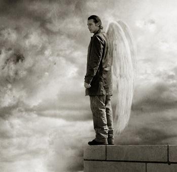 """angeli progetto """"IL CIELO SOPRA BERLINO"""": CHI NON HA BISOGNO DI UN ANGELO CUSTODE?"""