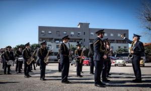 Banda in 300x182 CASAGIOVE, SUCCESSO PER IL RADUNO FIAT 500 CLUB: PROTAGONISTA LA STORICA BICILINDRICA ITALIANA