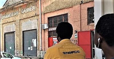 """%name IMMIGRATI E SPRAR: PARLA L'ASSOCIAZIONE """"COMITATO PER IL CENTRO SOCIALE"""" DI CASERTA"""