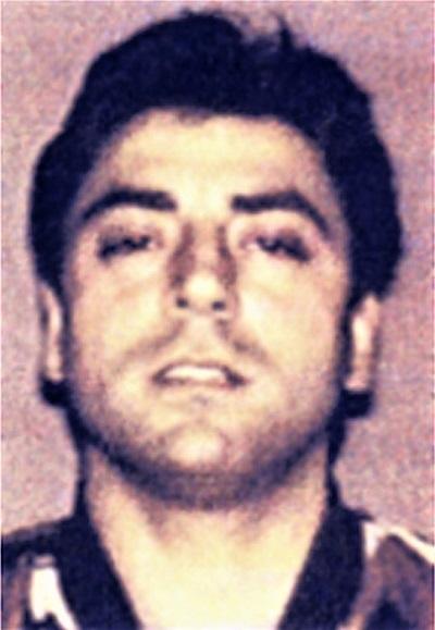 Frank Calì NEW YORK: UCCISO IN UN AGGUATO FRANK CALÌ, BOSS DEL CLAN GAMBINO