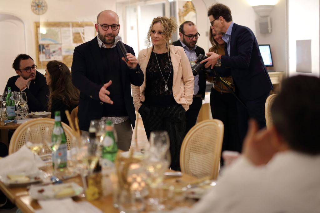 WINE TEST POSITANO148 1 1024x683 A POSITANO LA DEGUSTAZIONE DEI BIANCHI BENDATI, LA FOTOGALLERY