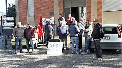 """cab CAB, PROTESTA DEI DIPENDENTI """"PRESI IN GIRO DALLA POLITICA, NON CREDIAMO PIÙ A NESSUNO"""""""