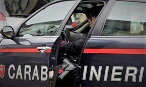 carabinieri 300x178 CARABINIERI SALVANO DONNA DA SUICIDIO