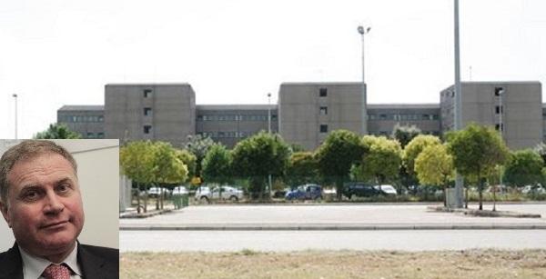 carcere santa maria capua vetere 800x436 GRAZIANO IN VISITA AL CARCERE: LA DIRETTRICE CHIEDE LA RIAPERTURA DEL REPARTO PENITENZIARIO ALLOSPEDALE DI CASERTA