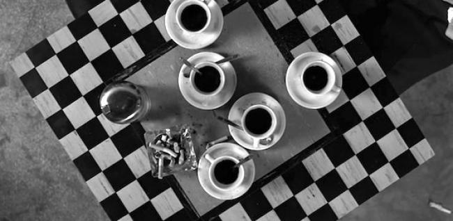 "%name ""COFFEE AND CIGARETTES"": IL CINEMA SURREALE DI JIM JARMUSCH"
