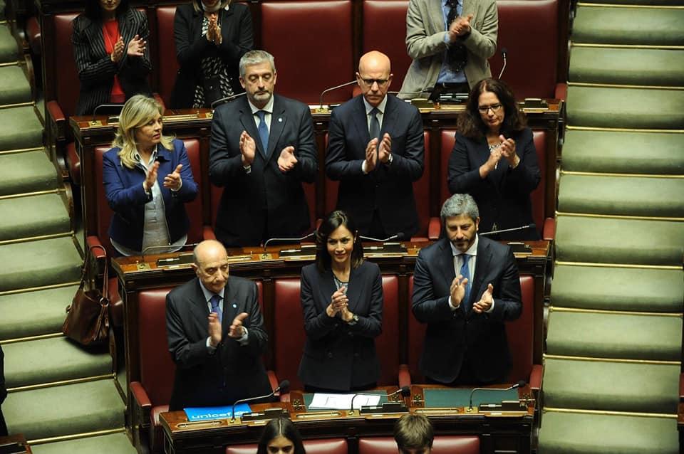 foto I RAGAZZI DELLE SCUOLE DI CASERTA A MONTECITORIO